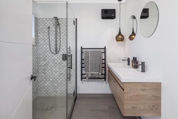 Forbes Residential Canterbury builders Cannon Street bathroom